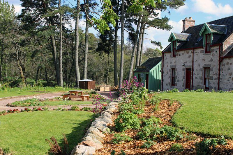Knockando_beechgrove_garden_2