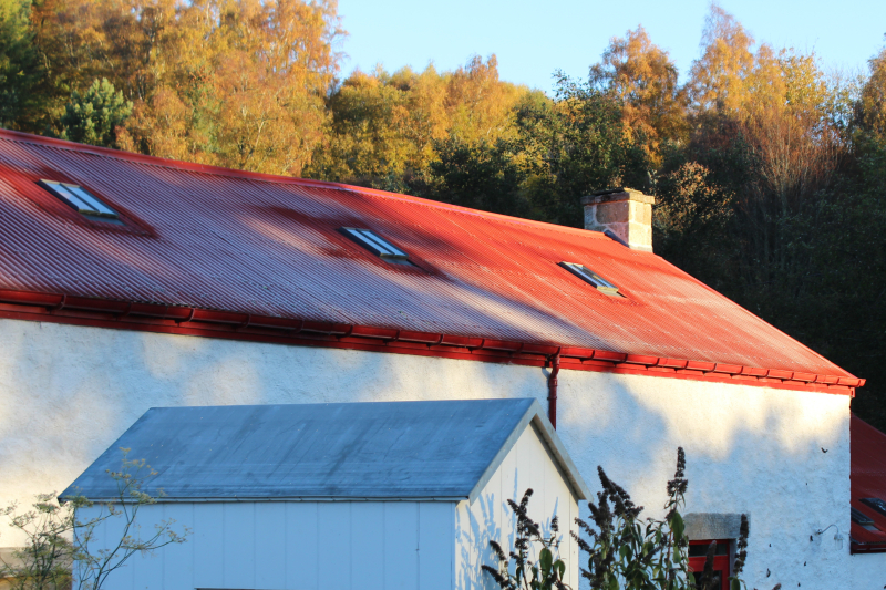 Woolmill_frost_roof_autumn